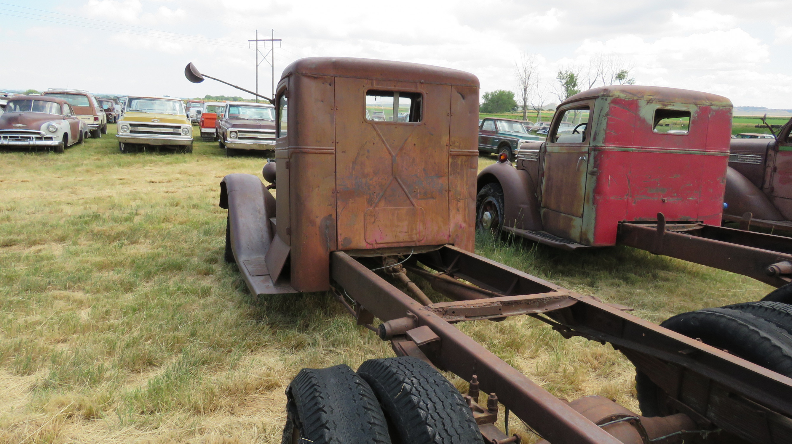 1933-35 DIAMOND T TRUCK FOR ROD OR RESTORE - Image 3