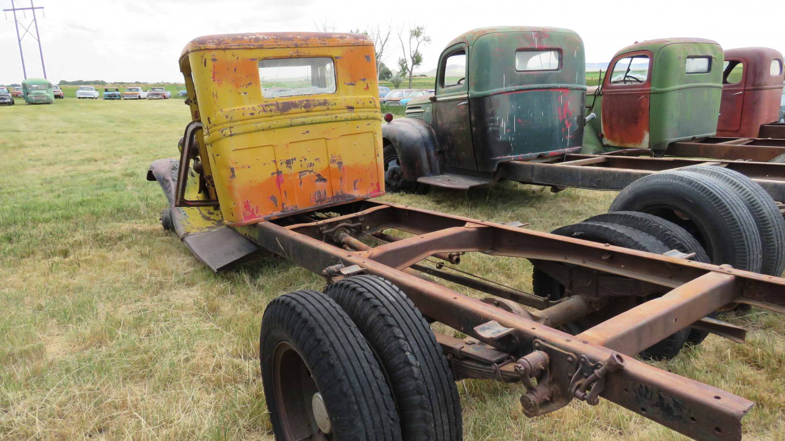 1932 FORD TRUCK FOR ROD  OR RESTORE - Image 5