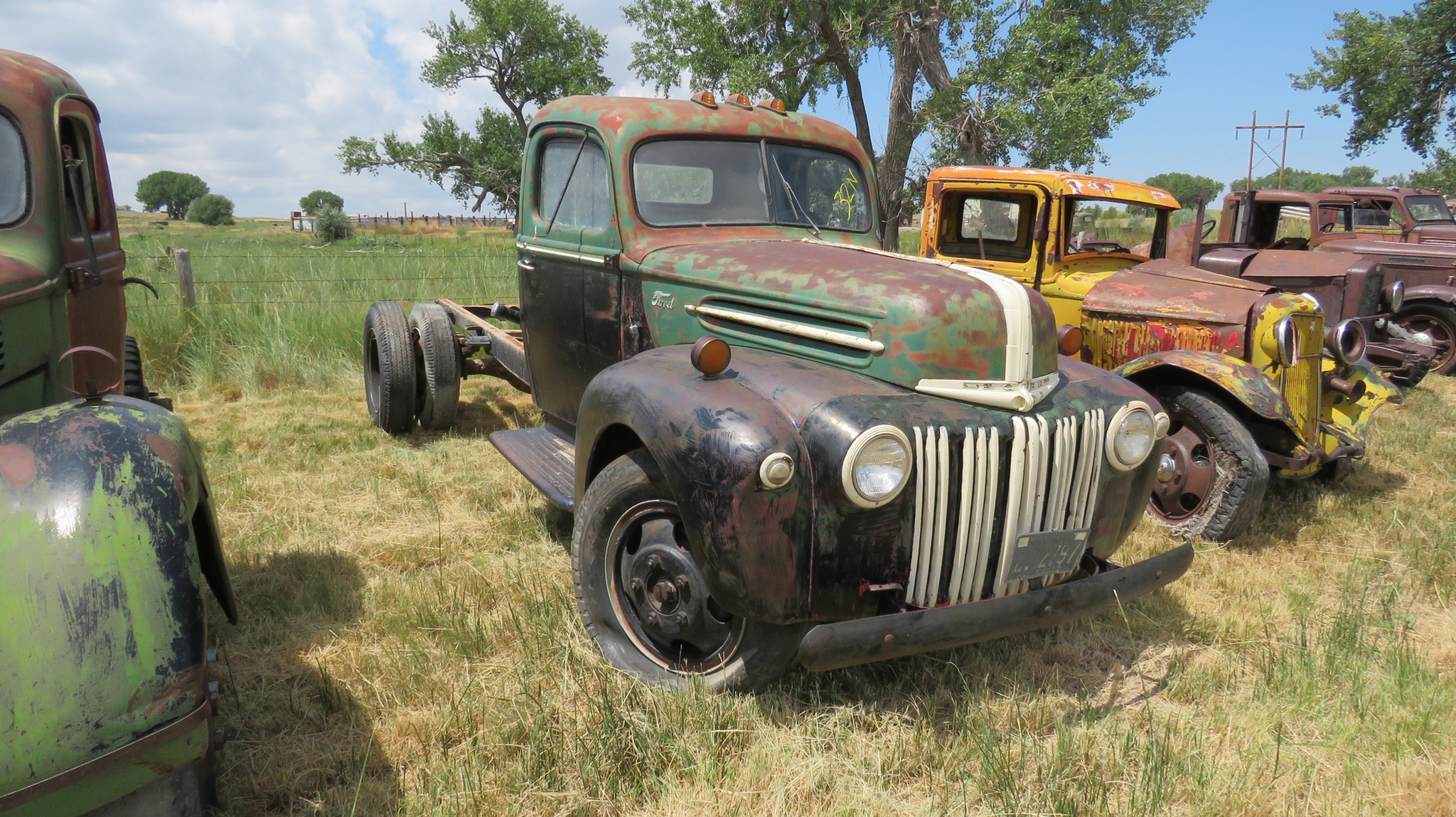 1941/2 FORD TRUCK FOR ROD OR RESTORE - Image 2