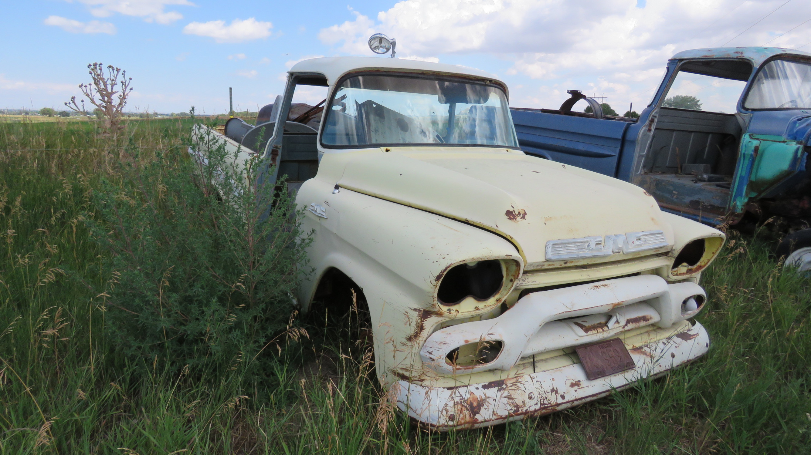 1955 GMC FLEETSIDE PICKUP FOR PARTS OR PROJECT - Image 2
