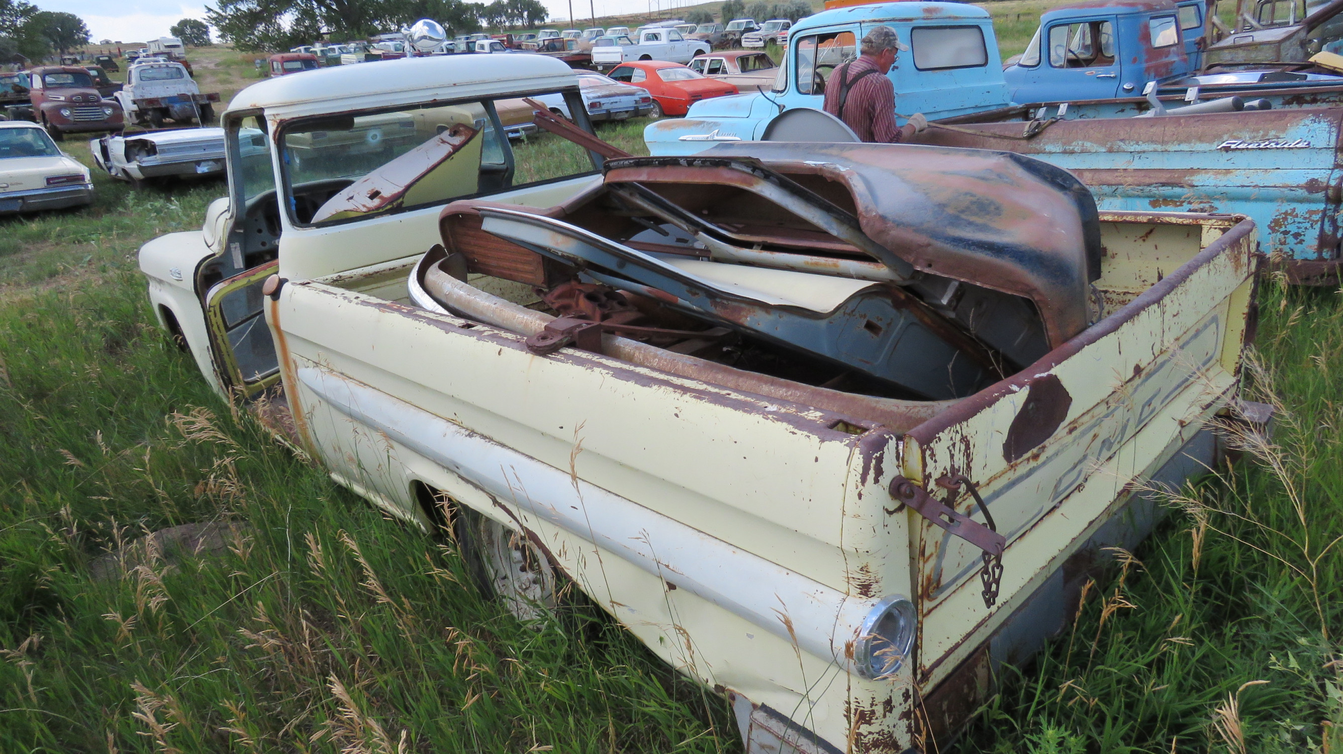 1955 GMC FLEETSIDE PICKUP FOR PARTS OR PROJECT - Image 3