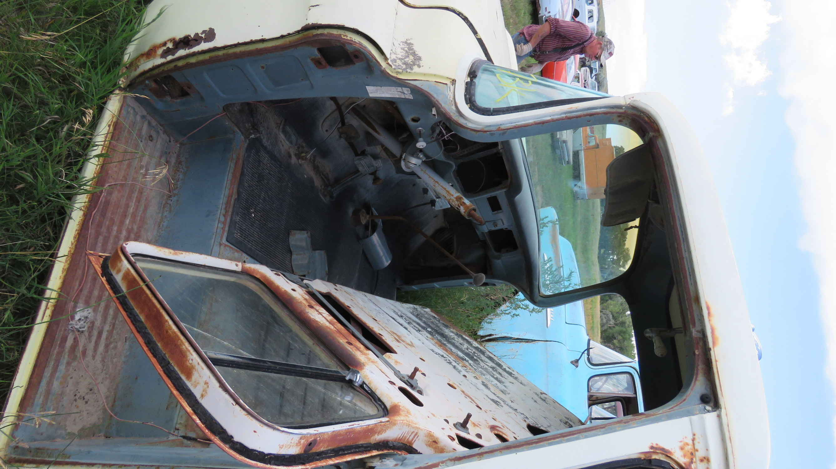 1955 GMC FLEETSIDE PICKUP FOR PARTS OR PROJECT - Image 6