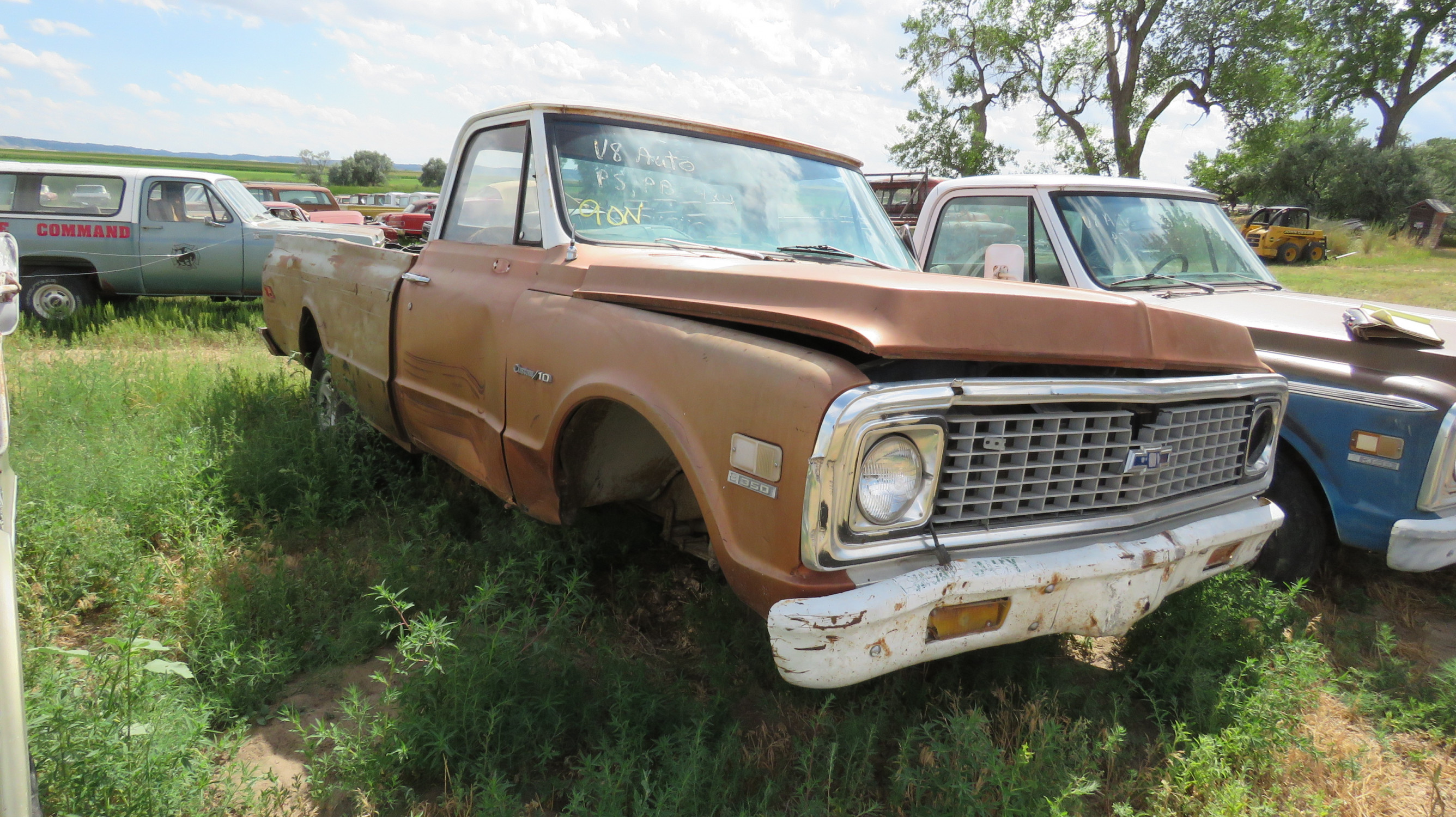1971 CHEVROLET PICKUP FOR PARTS - Image 1