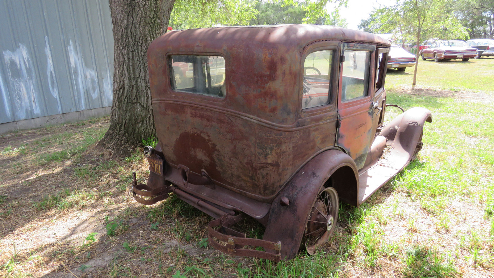 1928 Ford Model A 4dr Sedan for Rod or Restore - Image 4