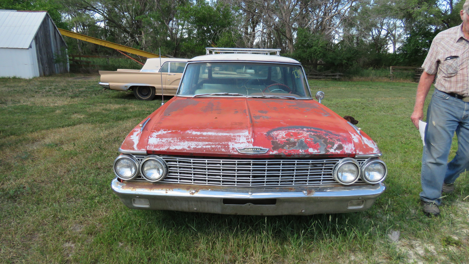 1962 Ford Country Sedan 4dr Wagon - Image 2
