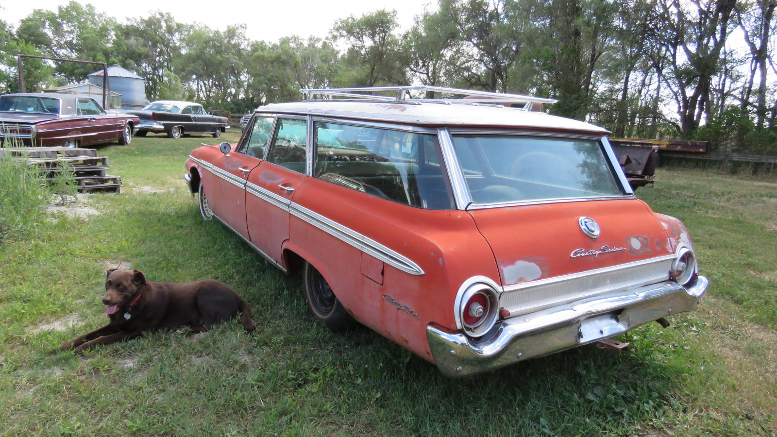 1962 Ford Country Sedan 4dr Wagon - Image 6