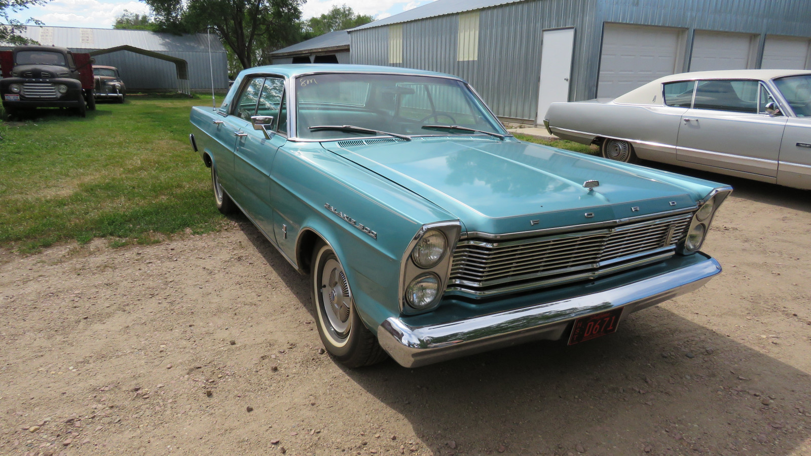 1965 Ford Galaxie 500 4dr HT - Image 1