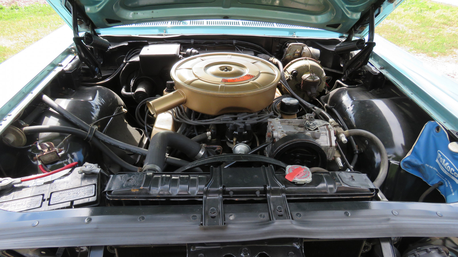 1965 Ford Galaxie 500 4dr HT - Image 13