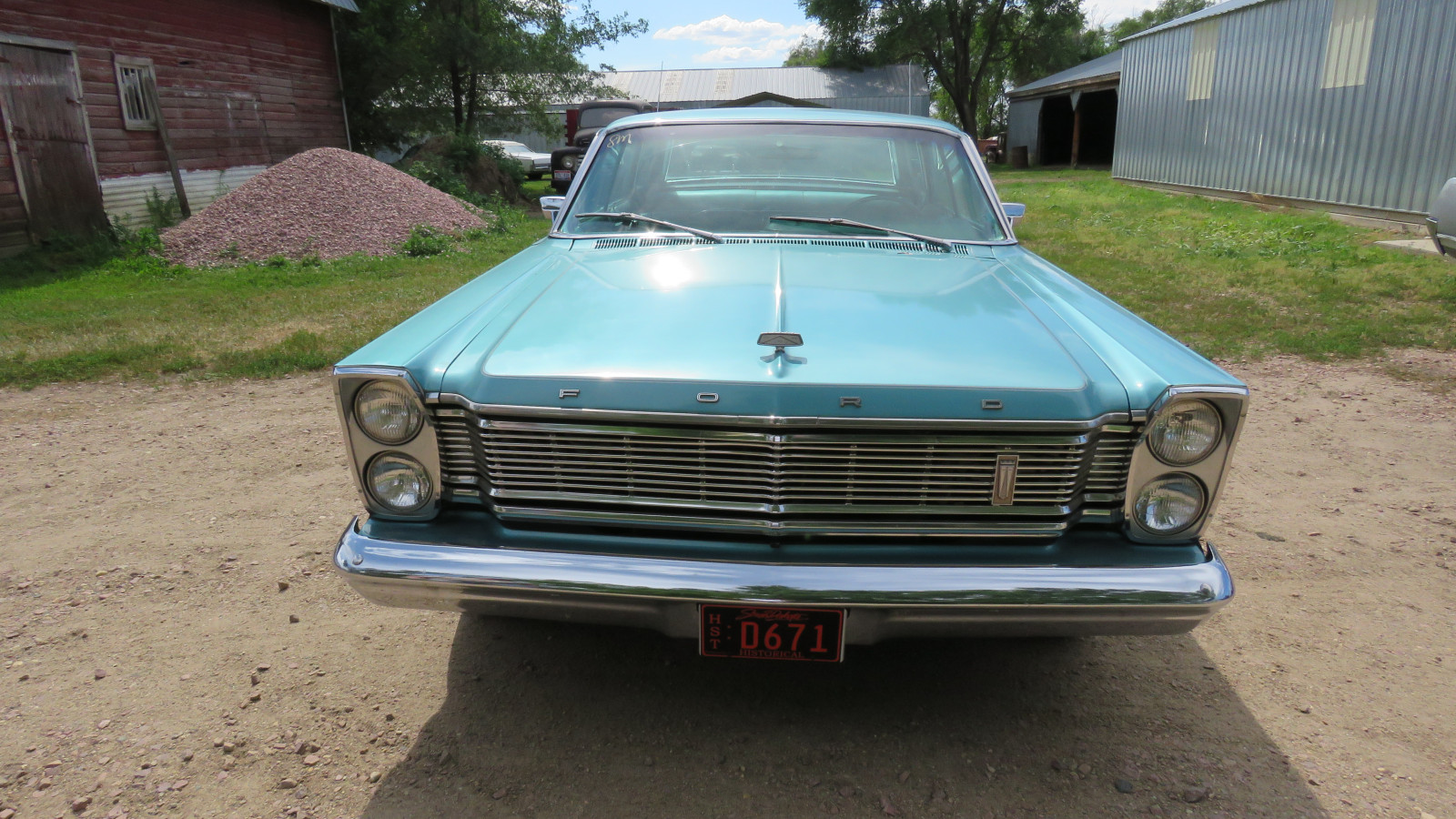 1965 Ford Galaxie 500 4dr HT - Image 2
