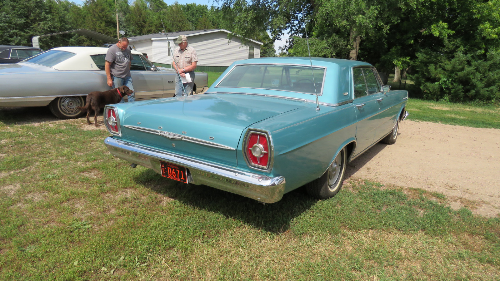 1965 Ford Galaxie 500 4dr HT - Image 6