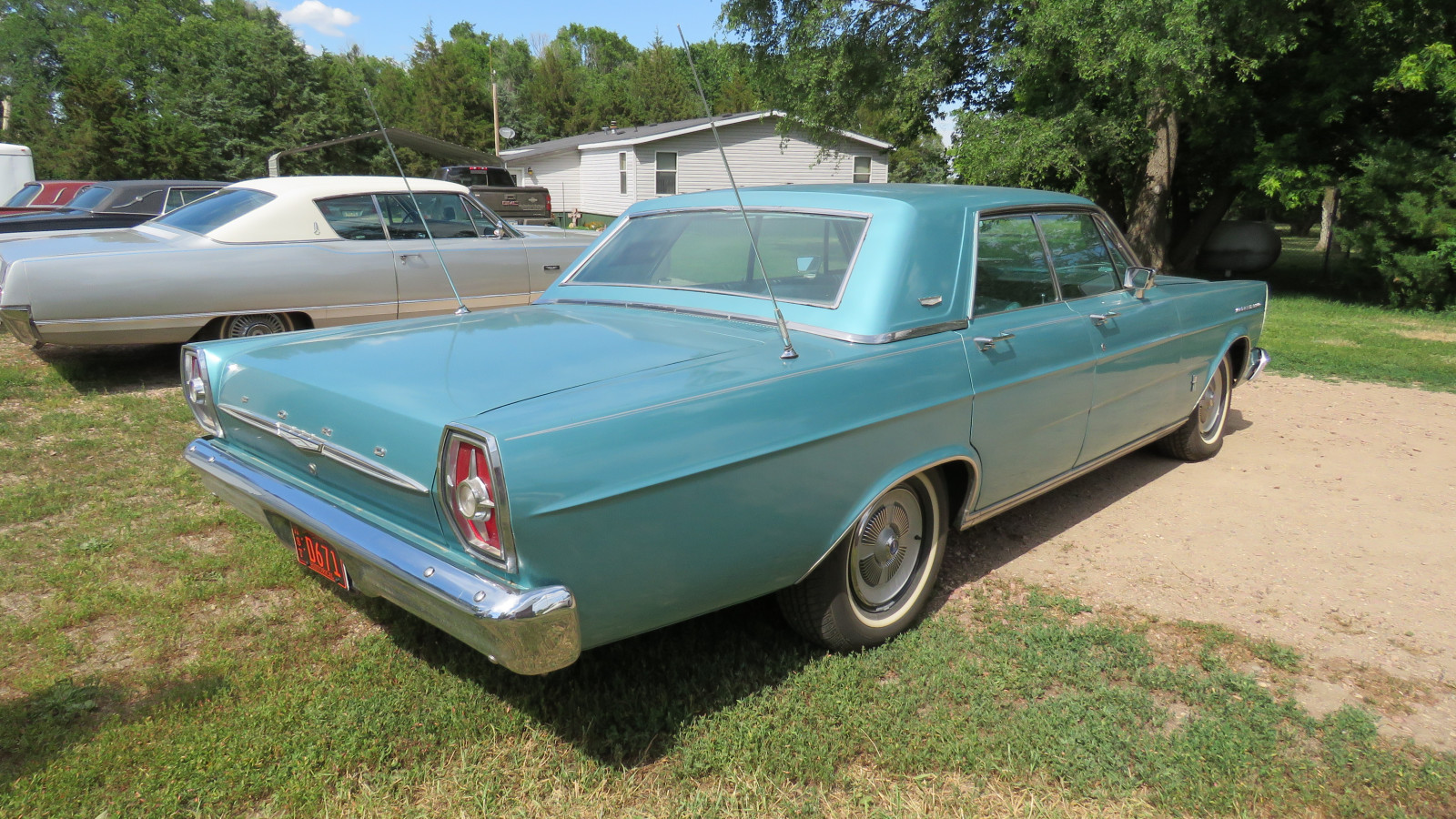 1965 Ford Galaxie 500 4dr HT - Image 7
