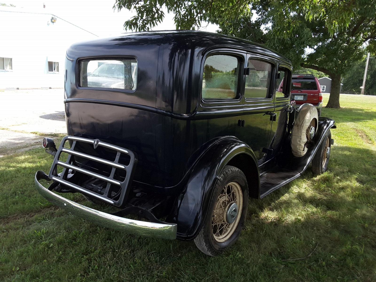 1932 Plymouth 4dr Sedan - Image 3