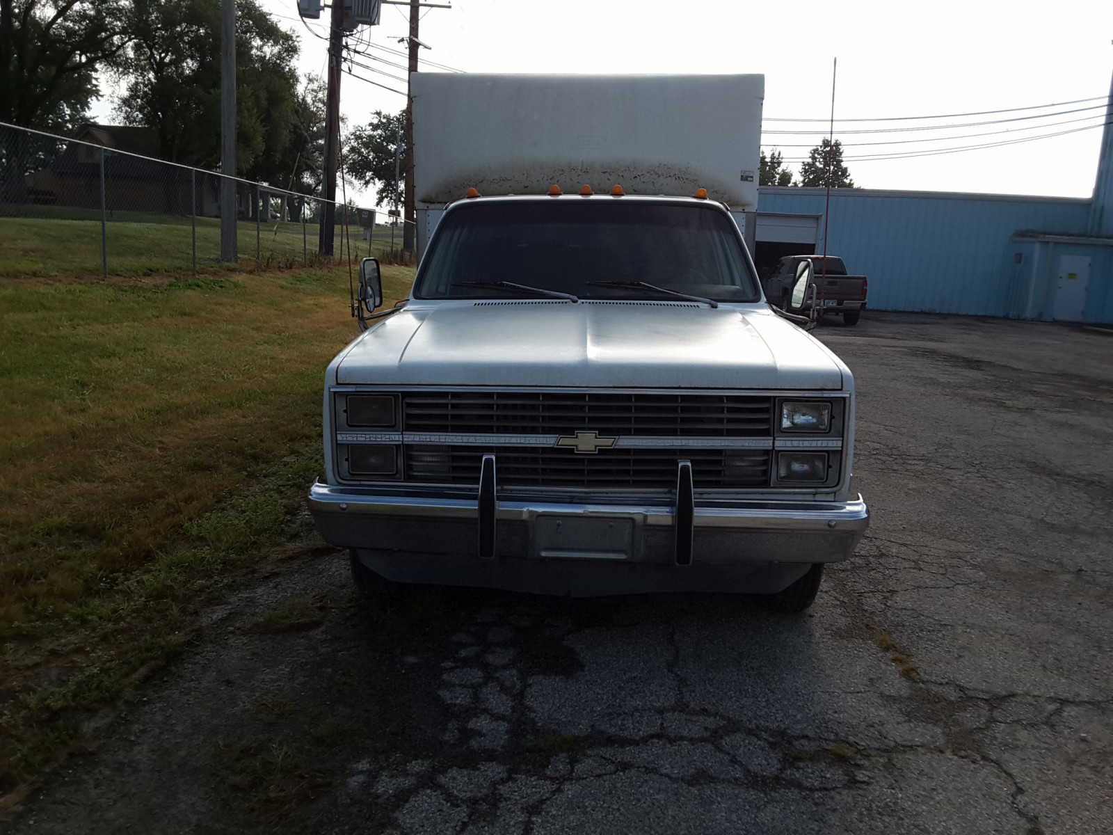 1984 Chevrolet 30 Series dually Car Hauler - Image 2