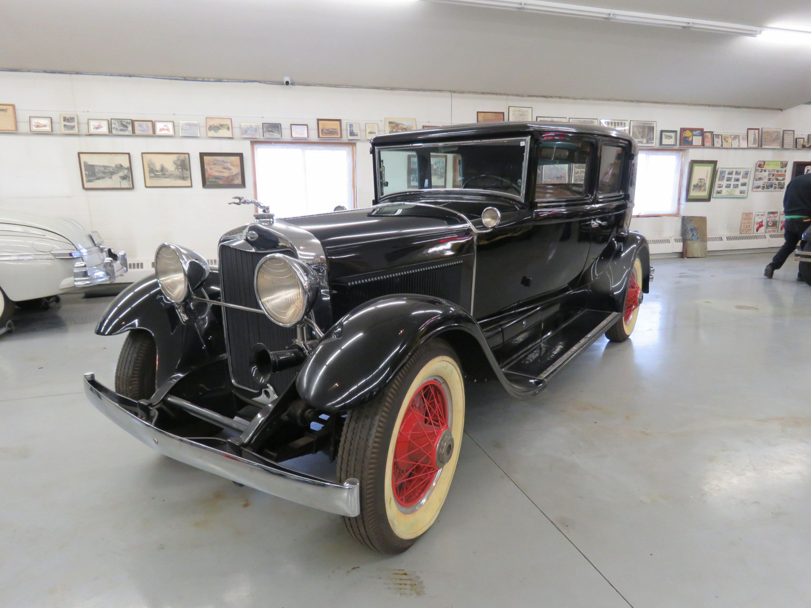 1929 Lincoln Model L 4dr Sedan - Image 1