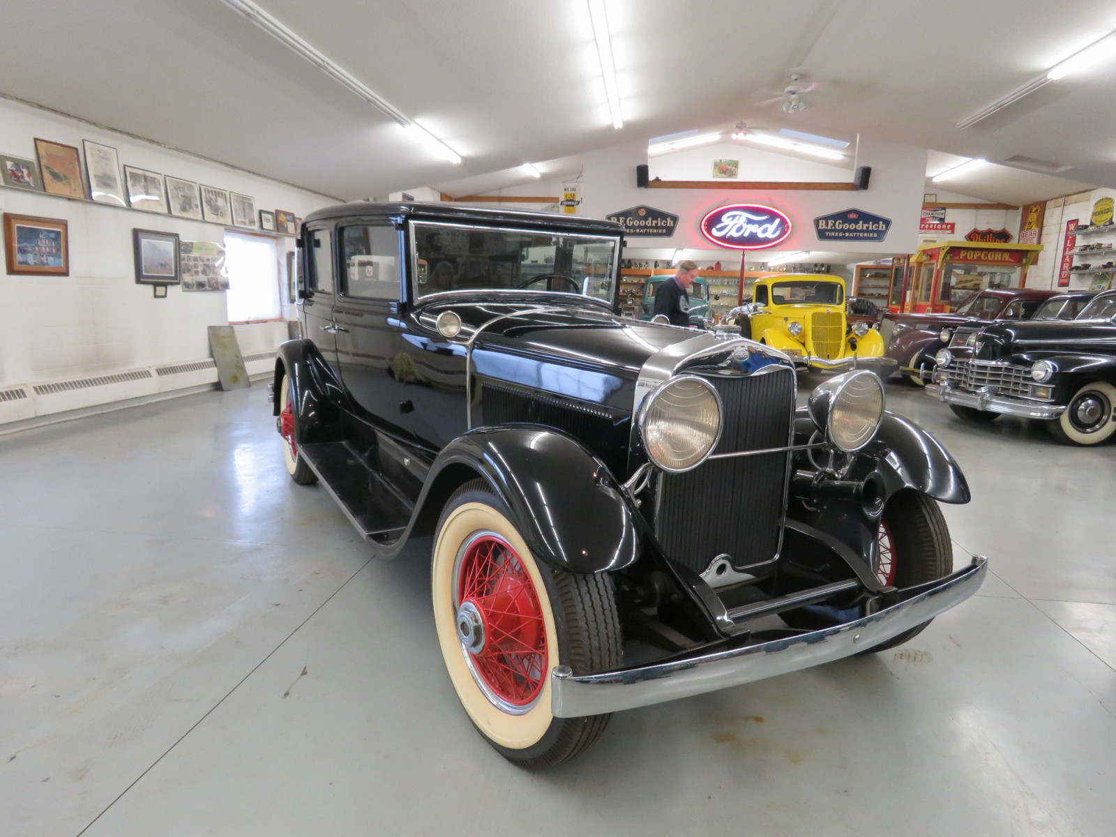 1929 Lincoln Model L 4dr Sedan - Image 3