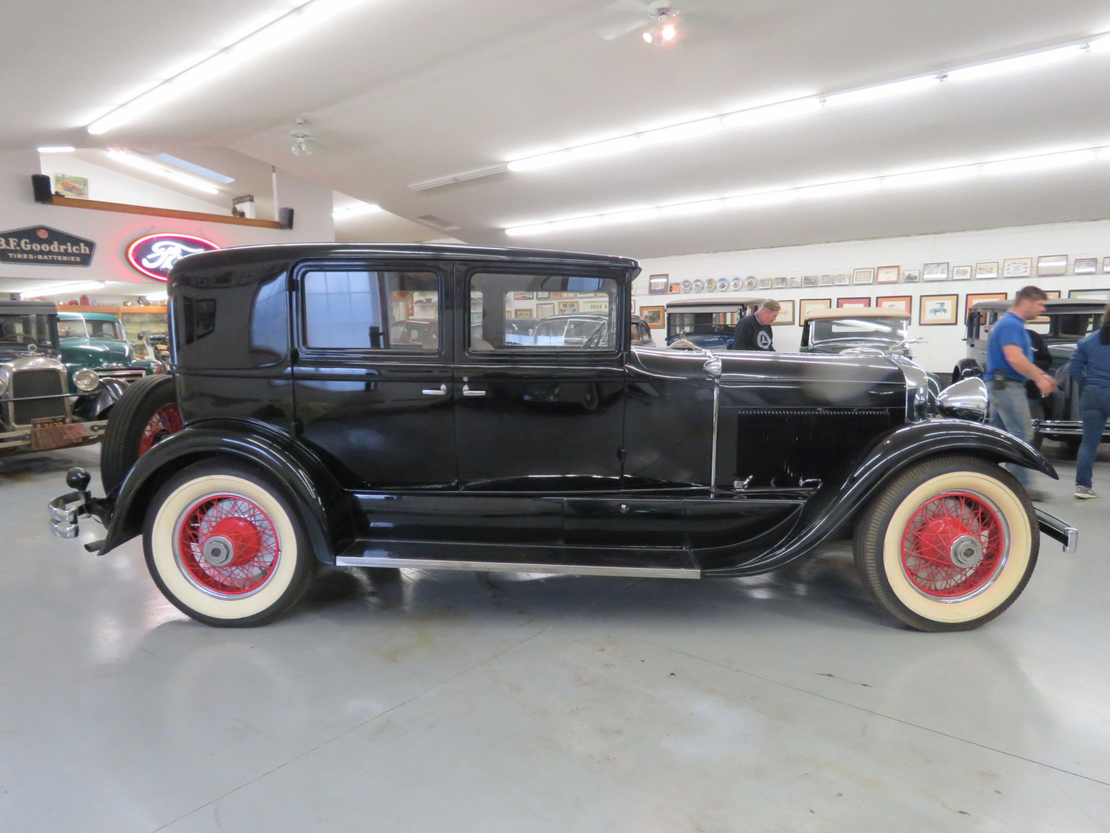 1929 Lincoln Model L 4dr Sedan - Image 5