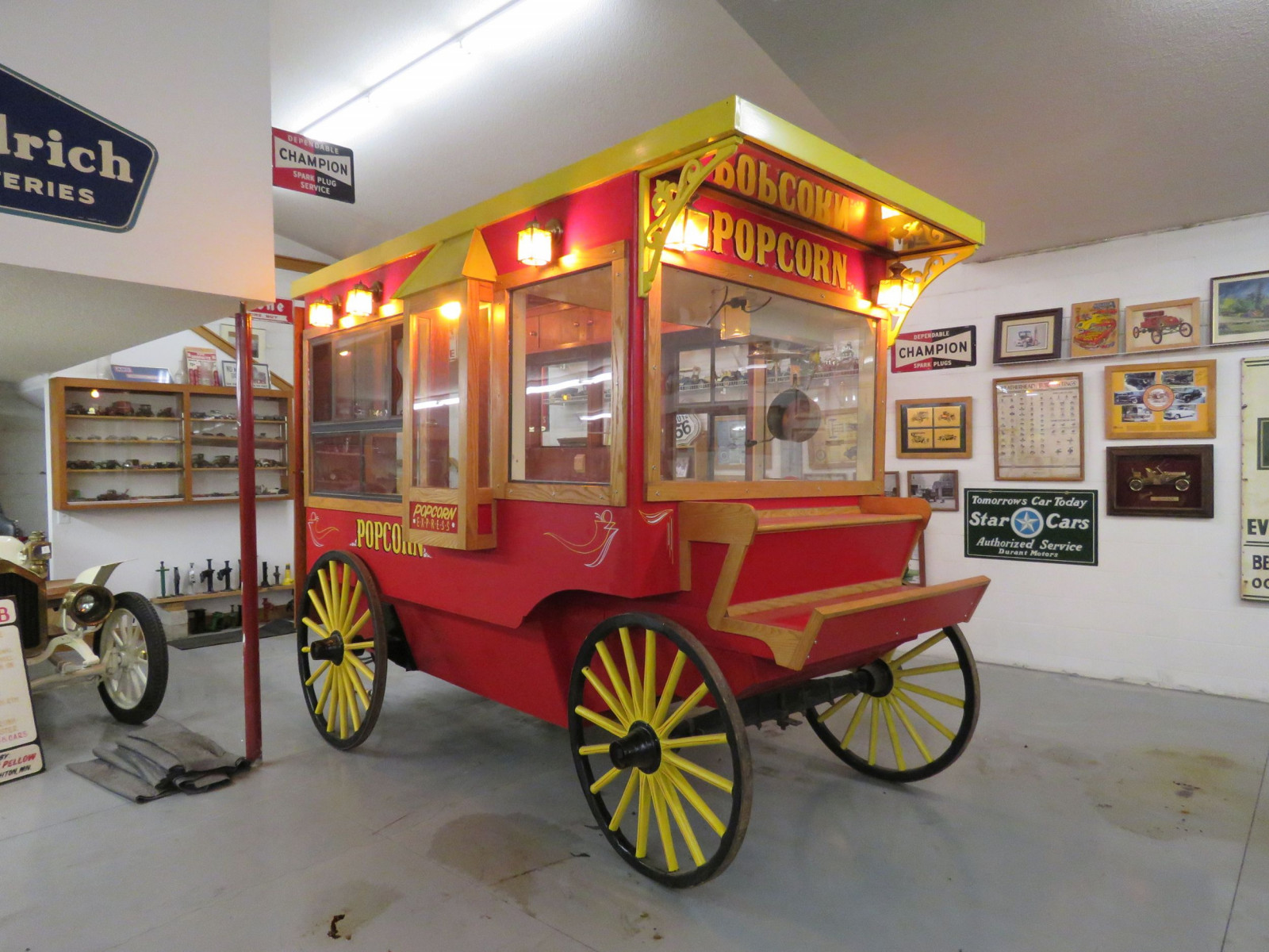 Restored Horse Drawn Popcorn Wagon - Image 13