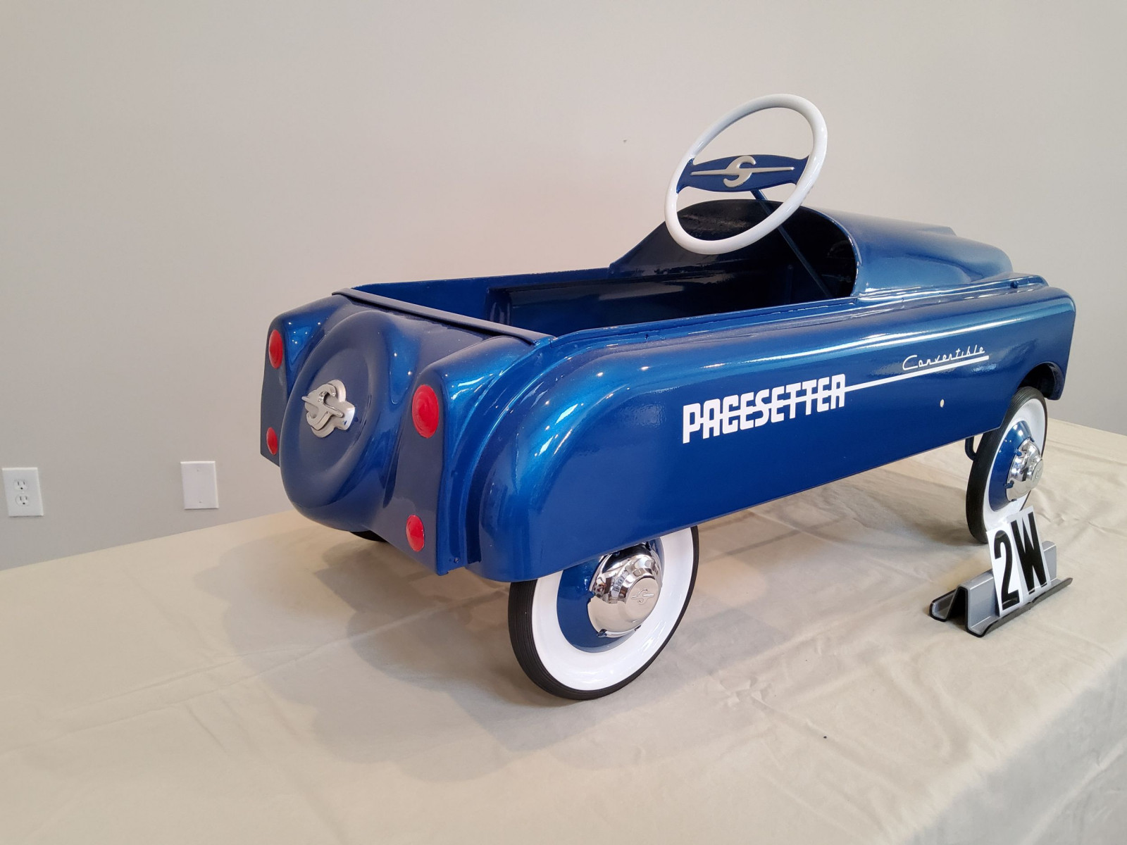 Pacesetter Convertible Pedal Car - Image 4