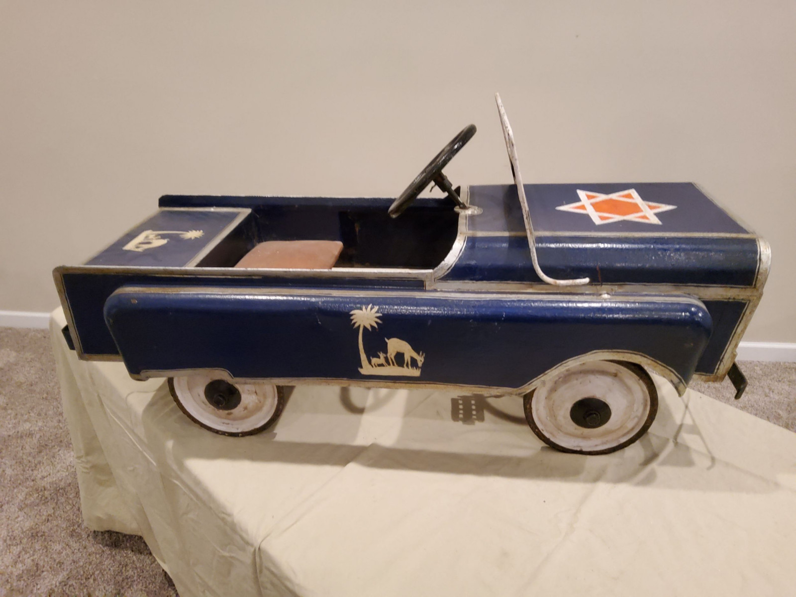 1963 Jeep Pedal Car - Image 9