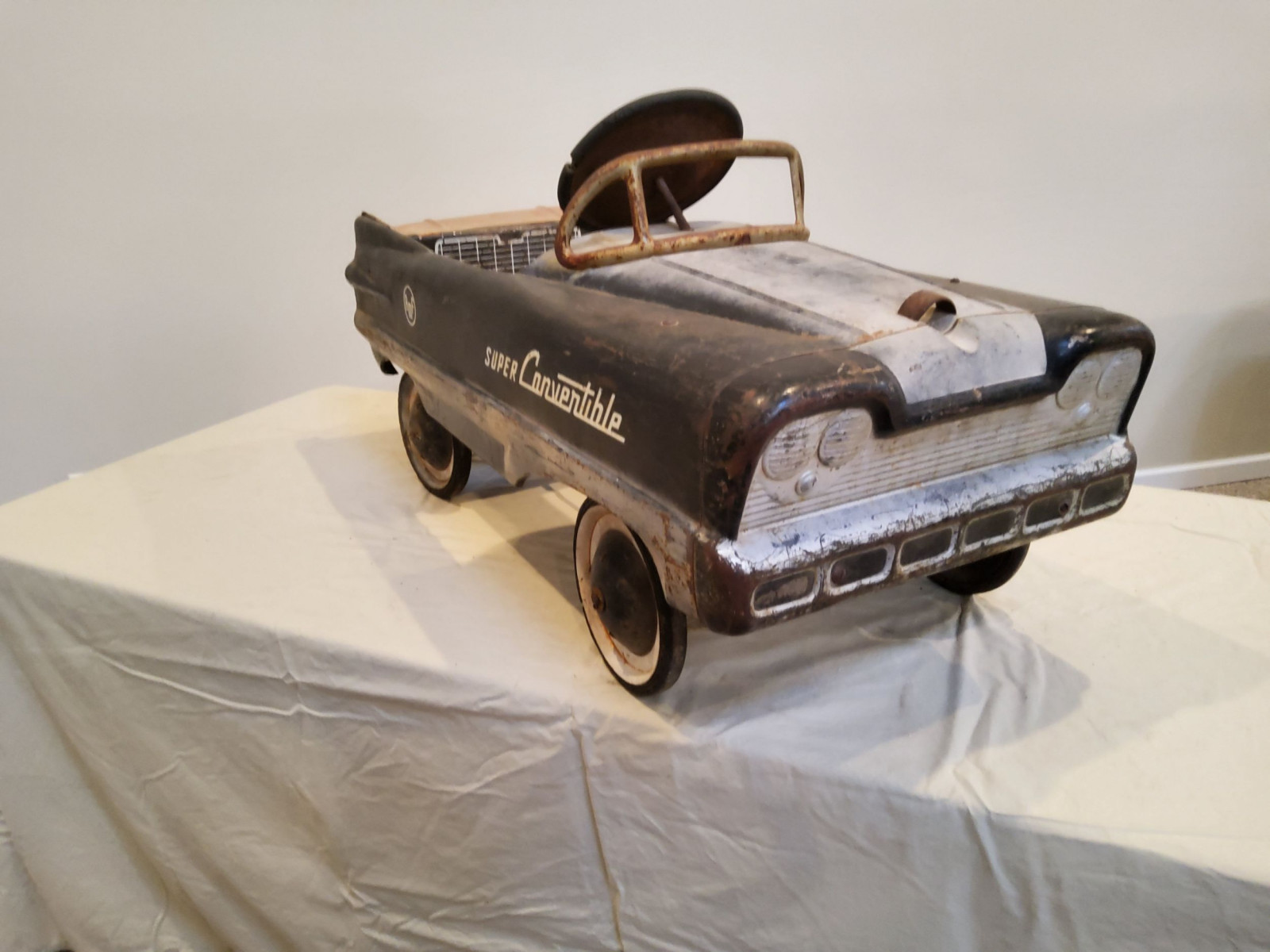 1954 AMF Super Convertible Pedal Car - Image 4