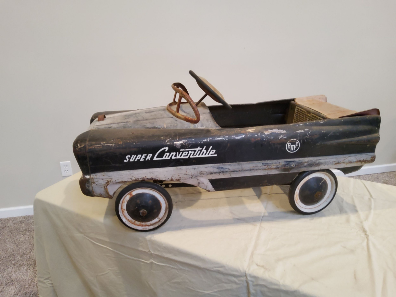 1954 AMF Super Convertible Pedal Car - Image 5