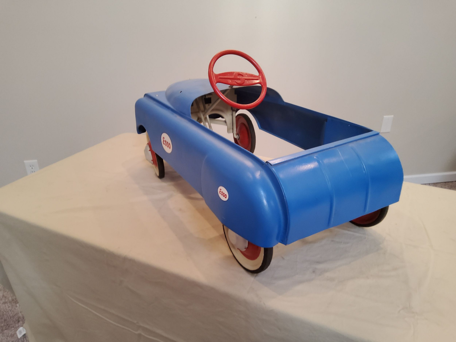 1950 BMC Smooth Side ESSO theme Pedal Car - Image 6