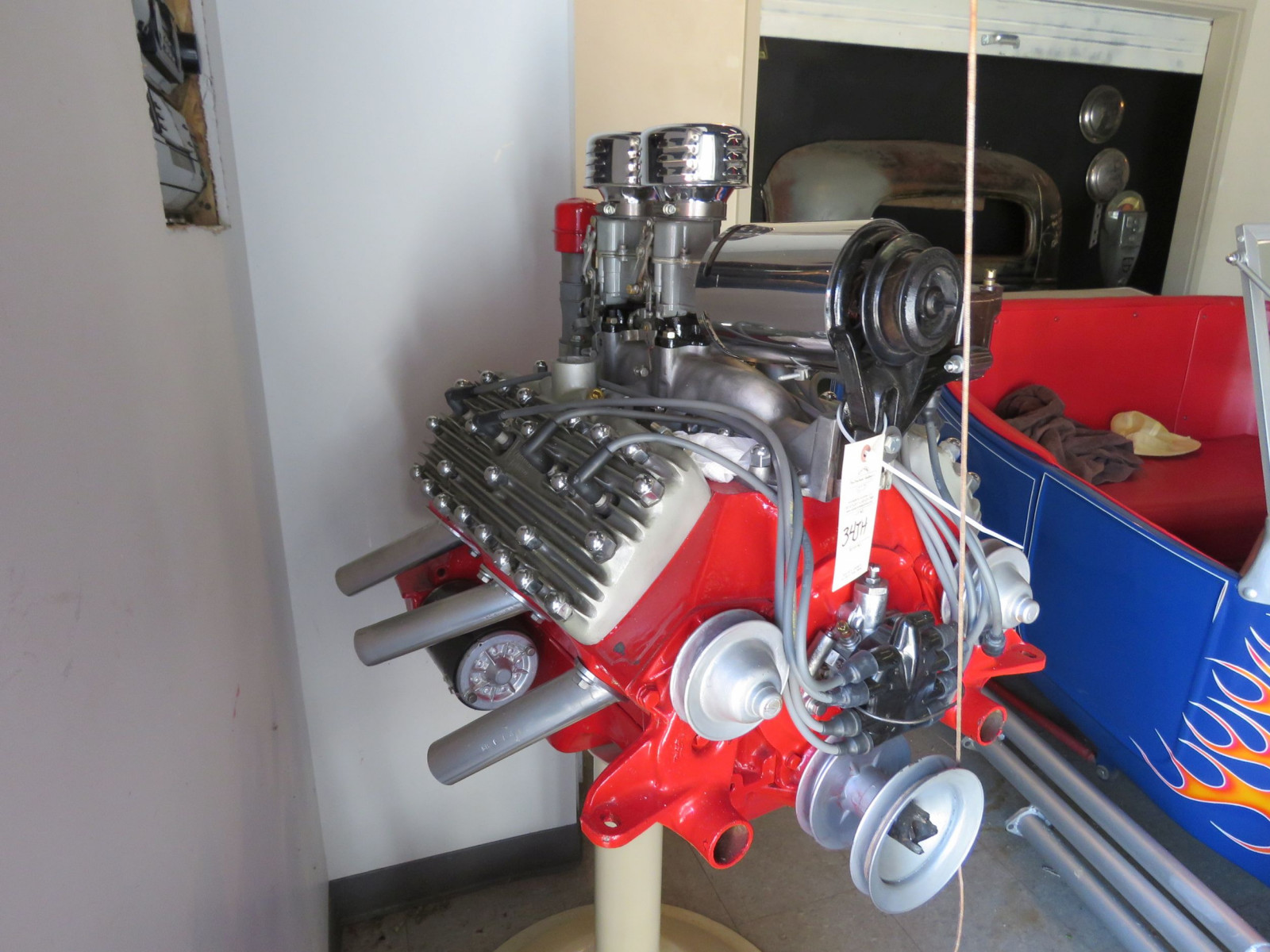 Ford Flathead V8 on stand - Image 6