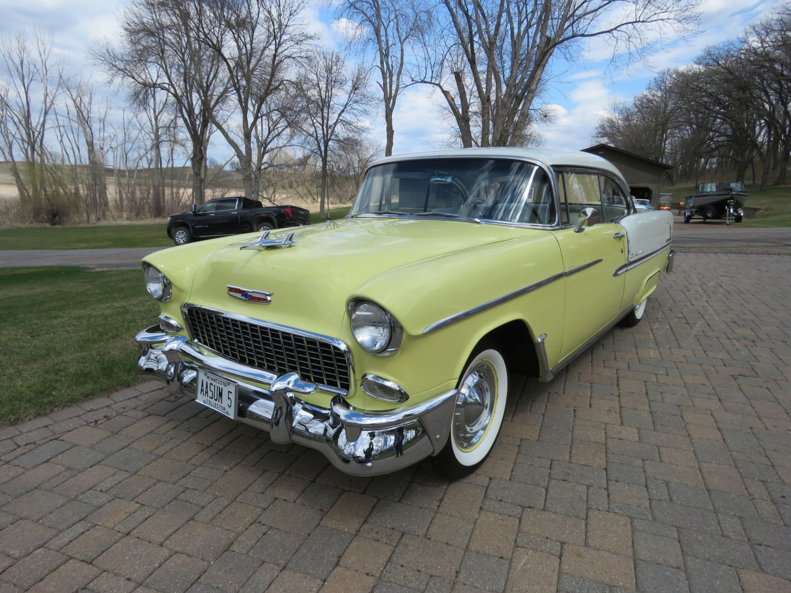 Beautiful 1955 Chevrolet Bel Air 2dr HT - Image 1