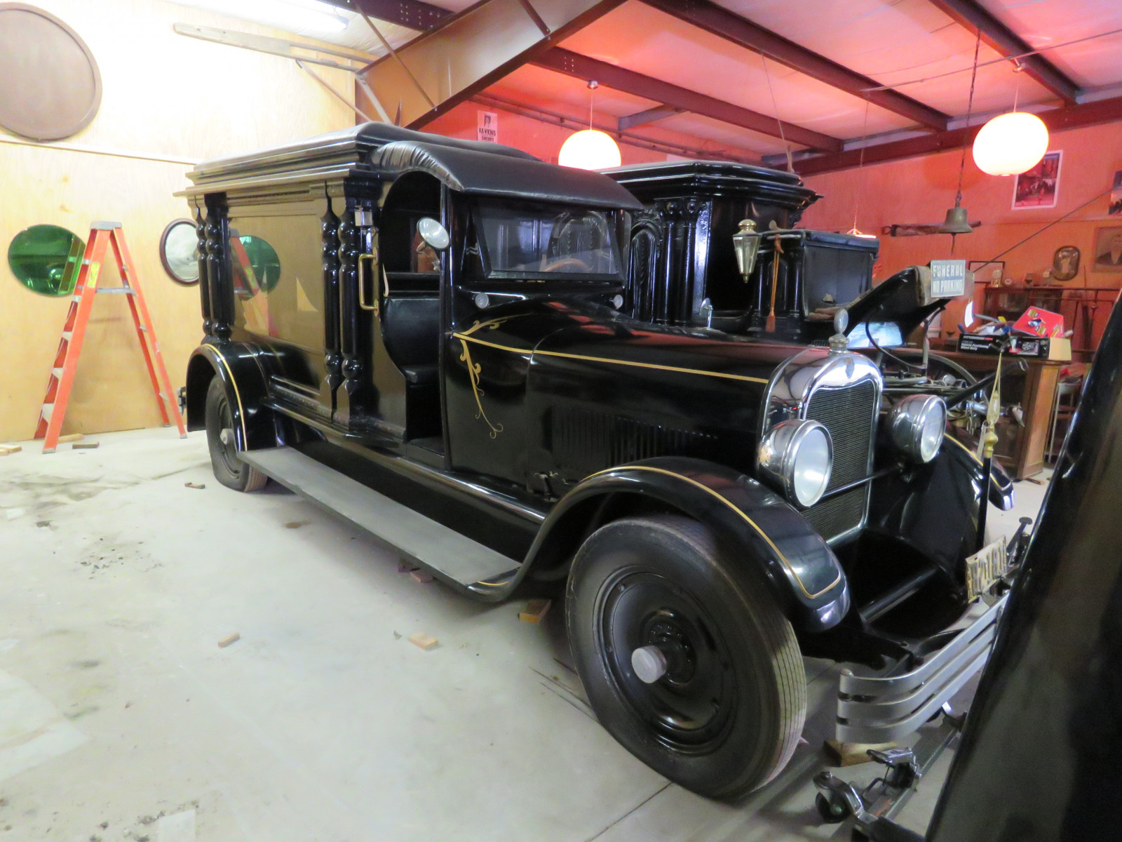 Rare 1928 Henney Hearse - Image 4