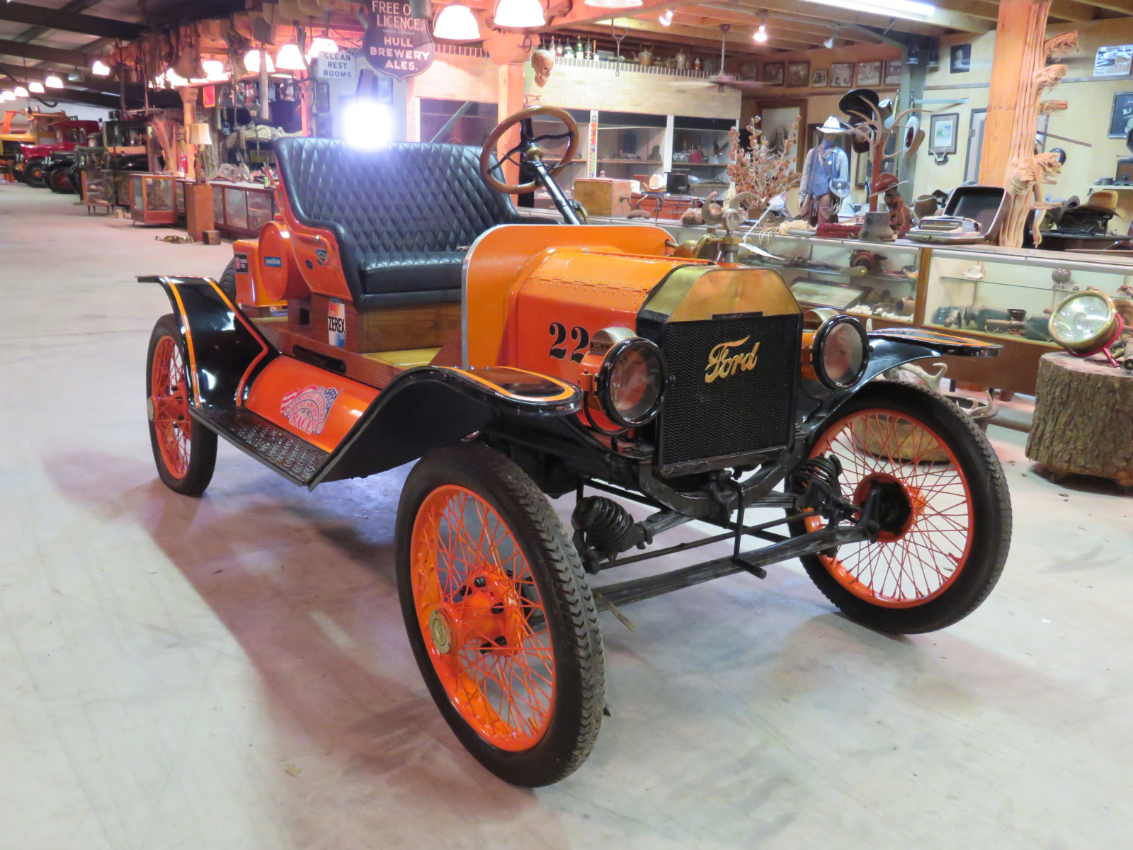 1914 Ford Model T Speedster - Image 3