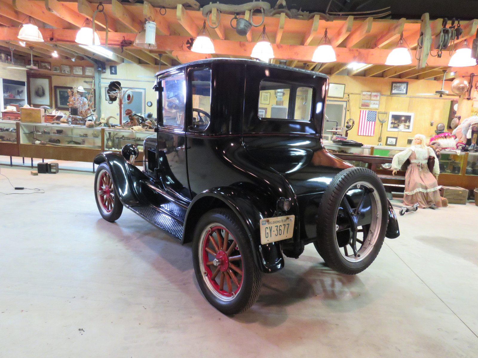 1926 Ford Model T Doctor's Coupe - Image 6
