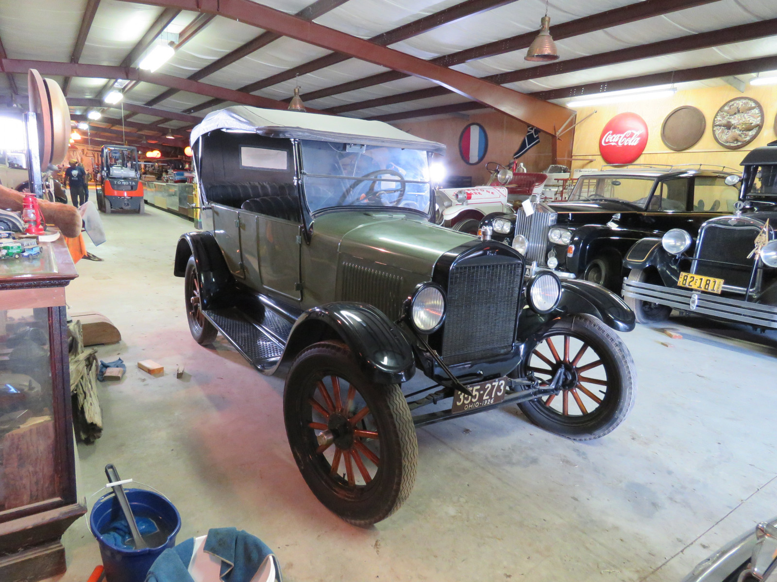 1926 Ford Model T Touring Car - Image 2
