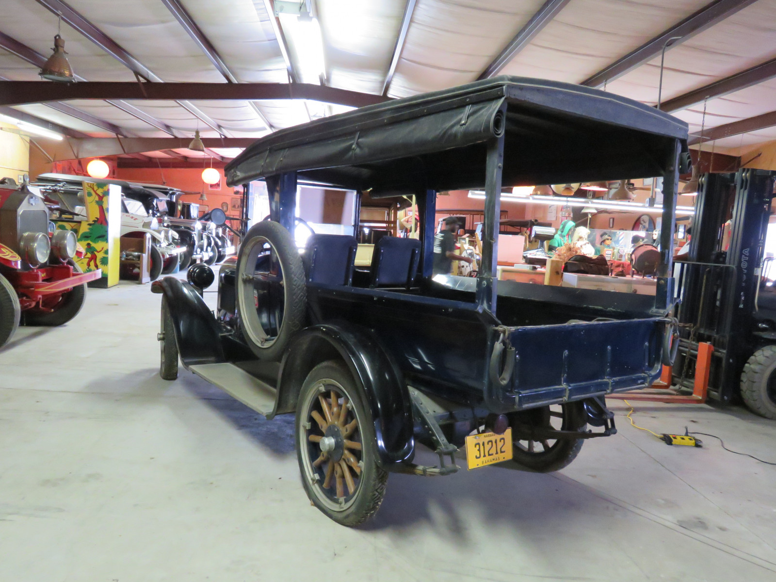 1924 Dodge Brothers 3/4 ton Commerical Station Wagon - Image 7