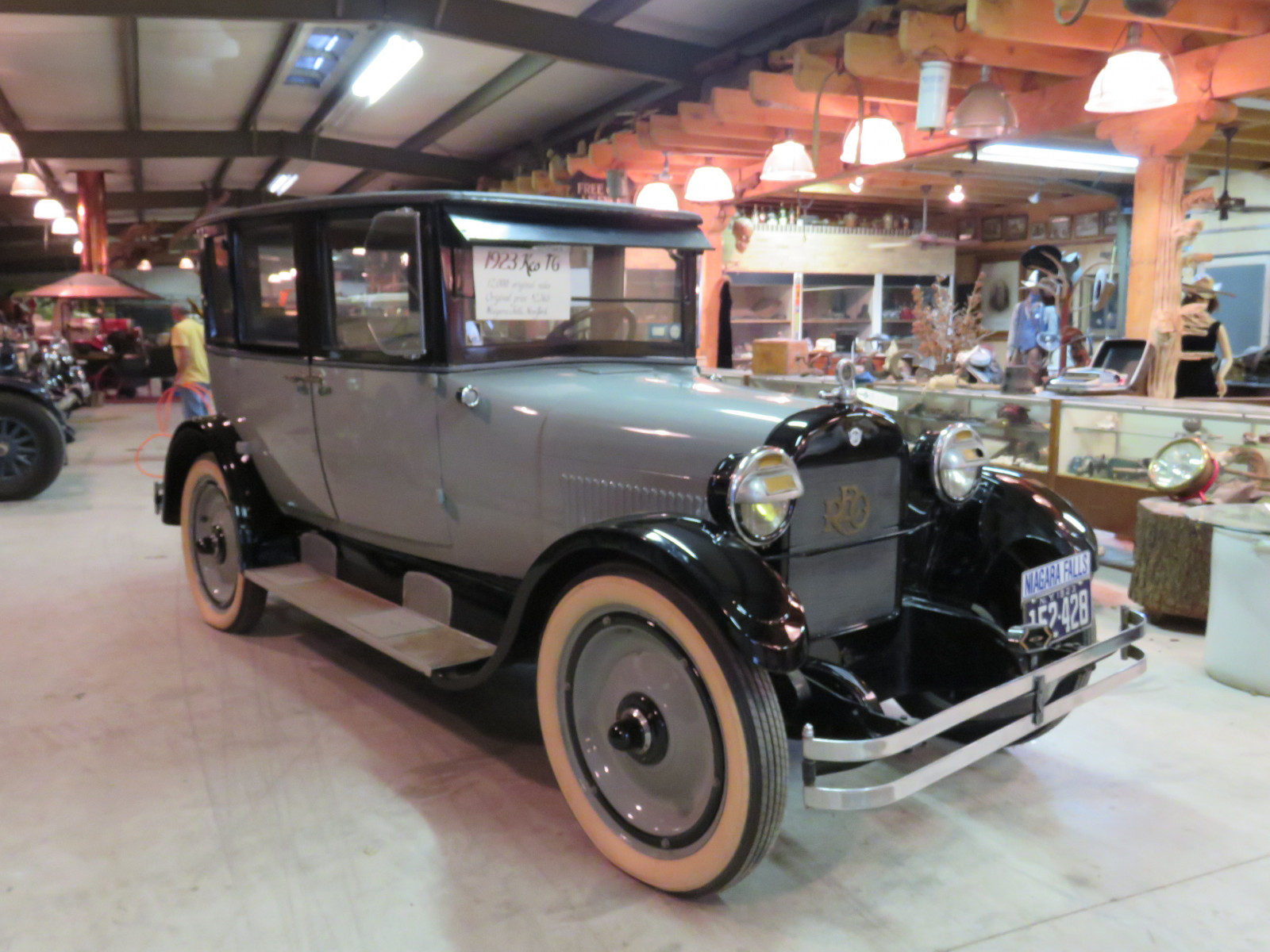 1923 REO Model T6 4dr Sedan - Image 4