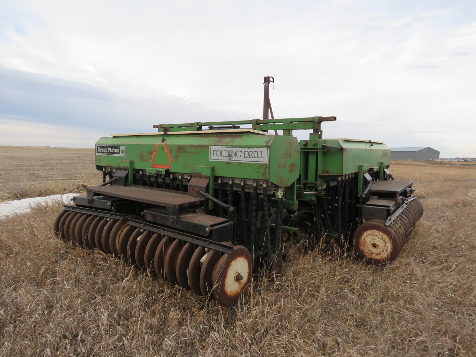 Great Plains 30 ft. Folding Grain Drill 1455H - Image 2