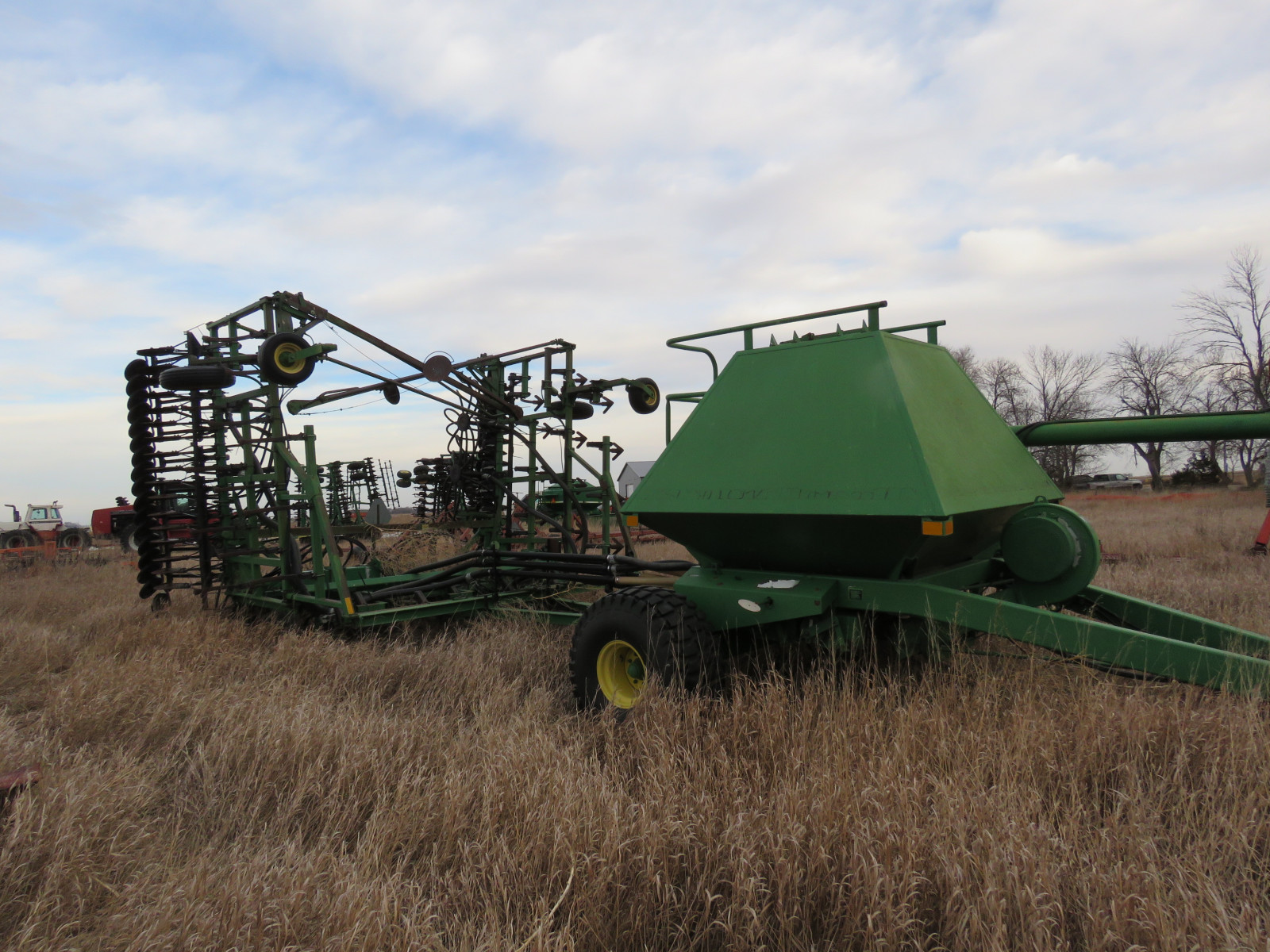 John Deere Air Seeder - Image 1