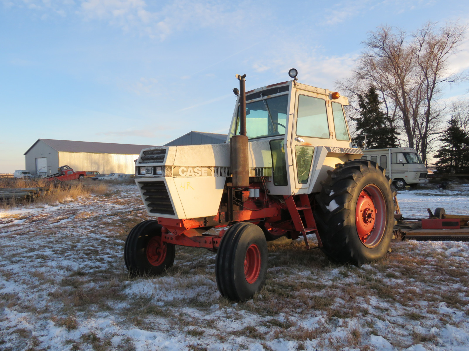 Case 2090 Tractor - Image 1