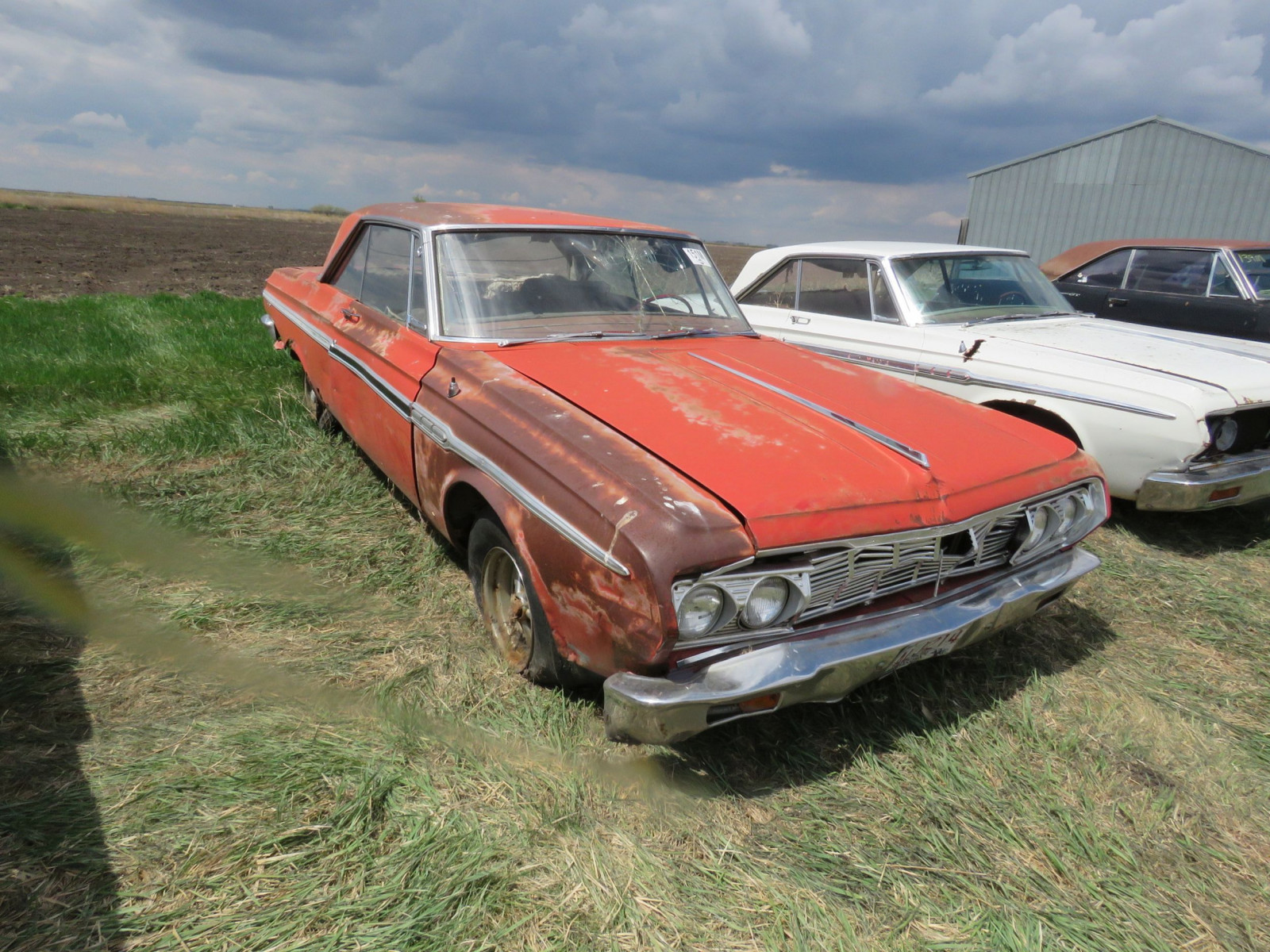 Plymouth Fury 2dr HT - Image 2