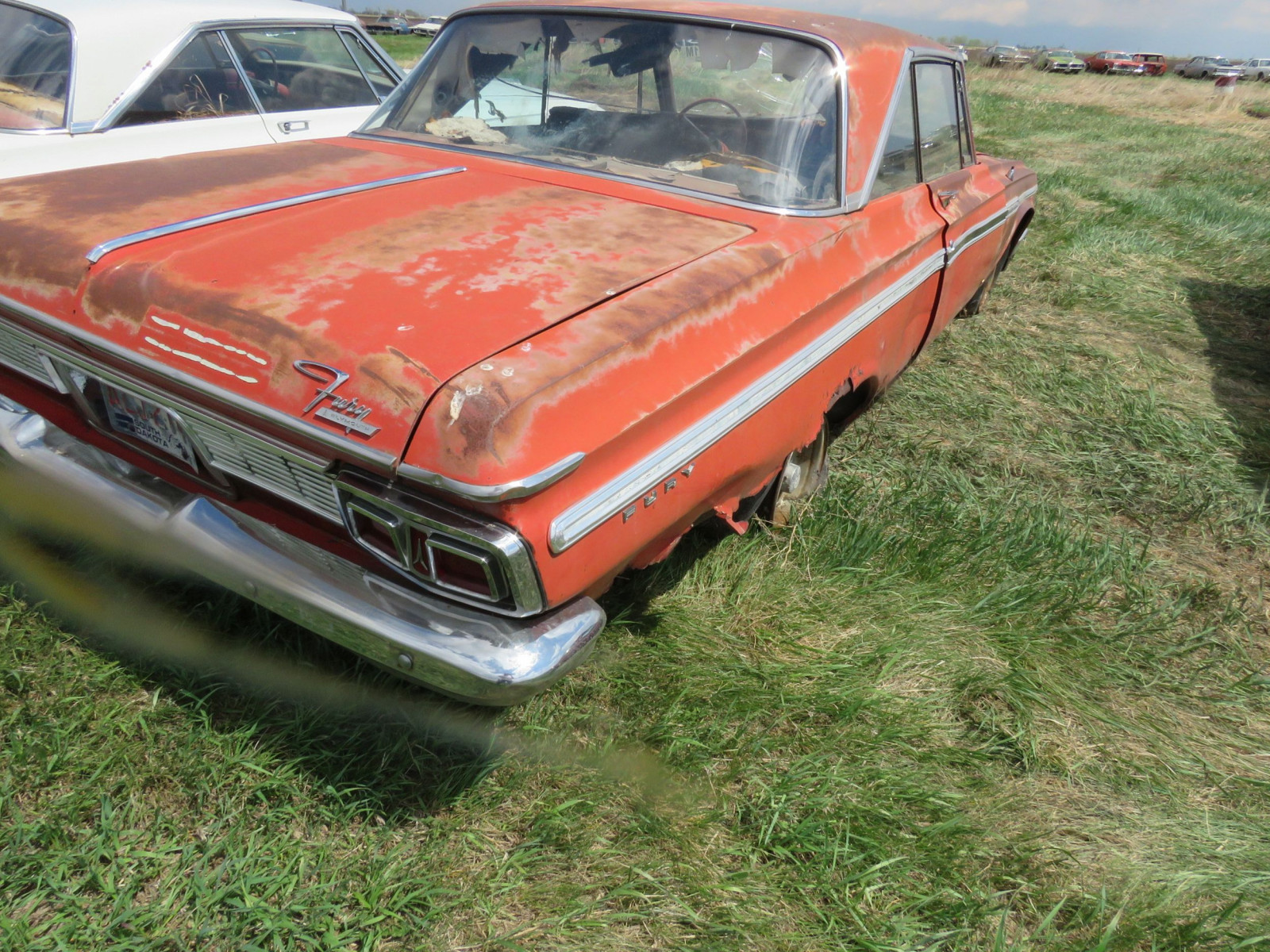 Plymouth Fury 2dr HT - Image 4