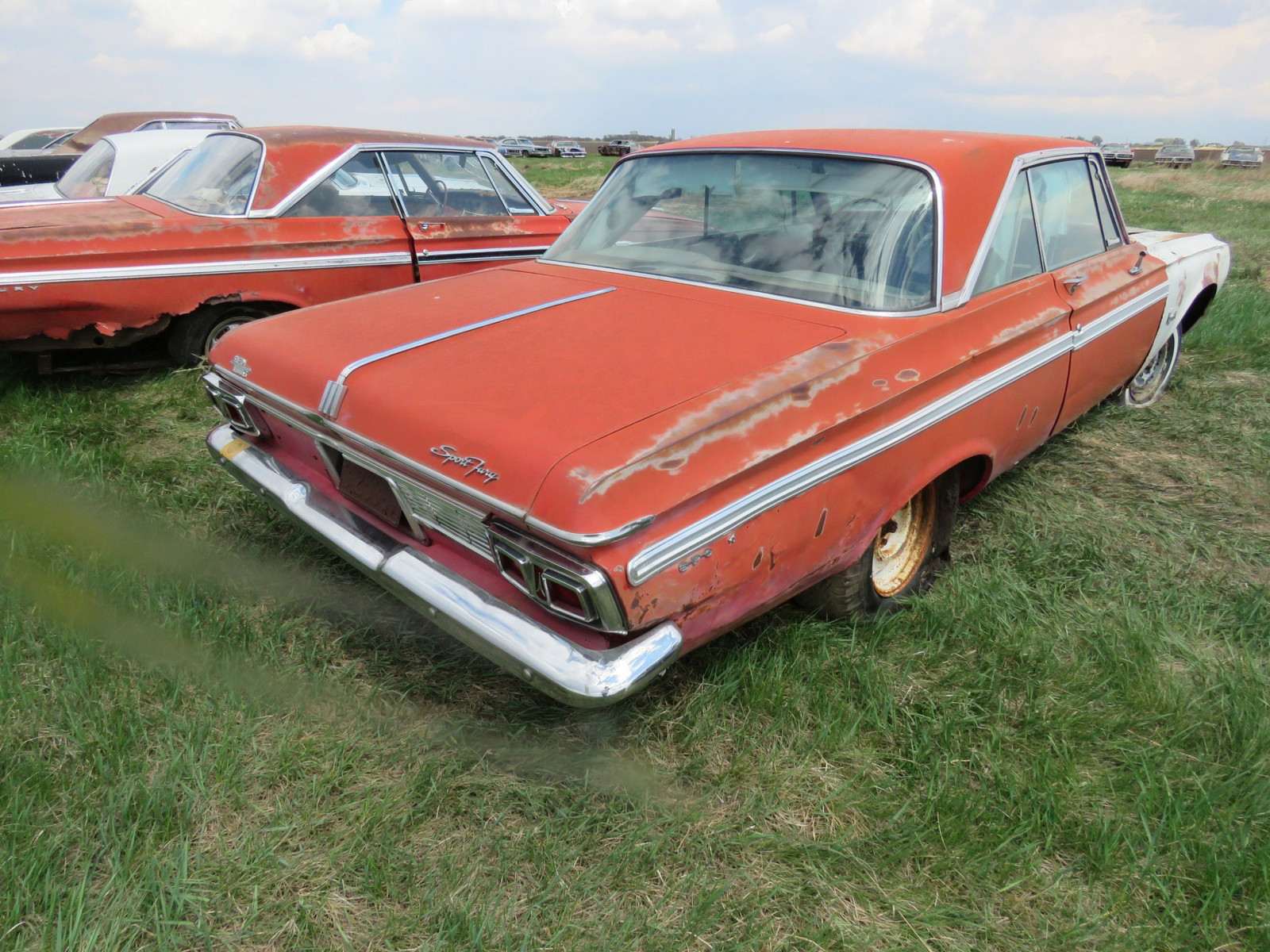 Plymouth Sport Fury 2dr HT - Image 3