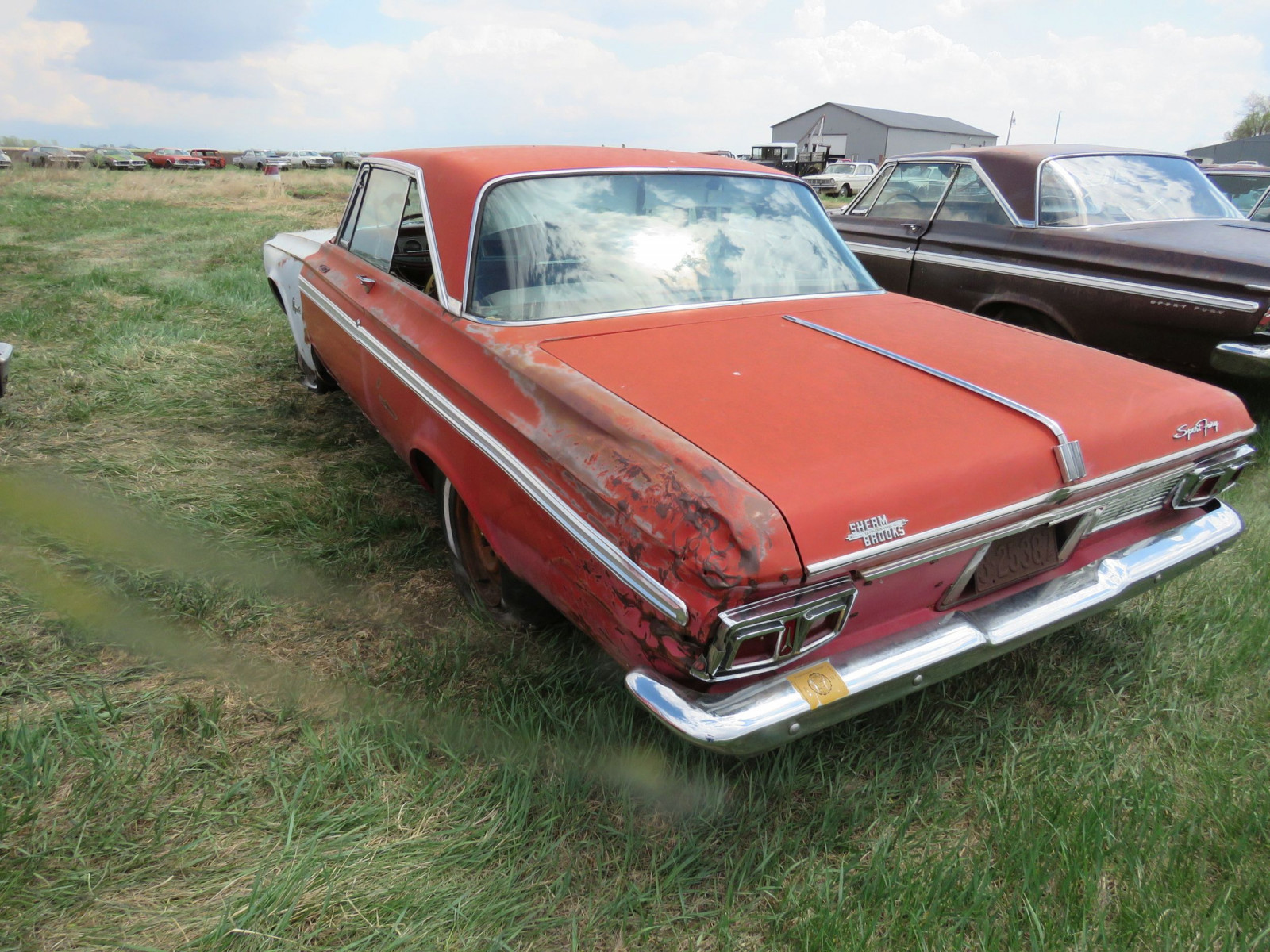 Plymouth Sport Fury 2dr HT - Image 4
