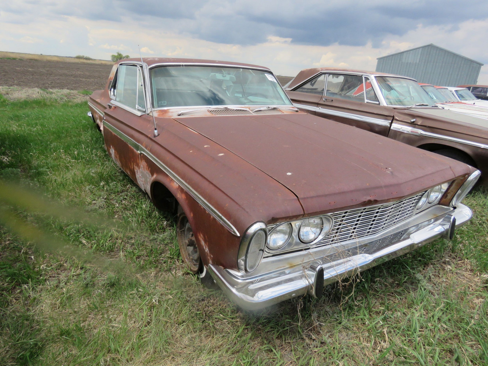 Plymouth Sport Fury 2dr HT - Image 2