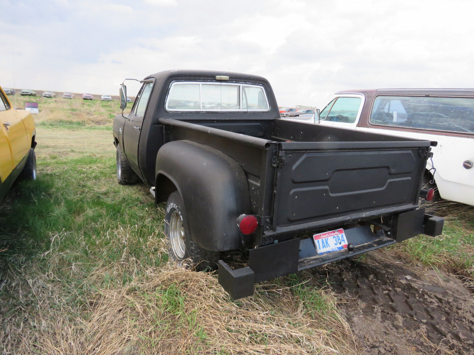 Dodge D10 Stepside Pickup - Image 4