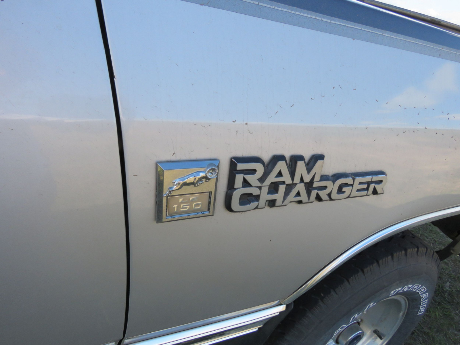 1990 Dodge Ram Charger Pickup - Image 3