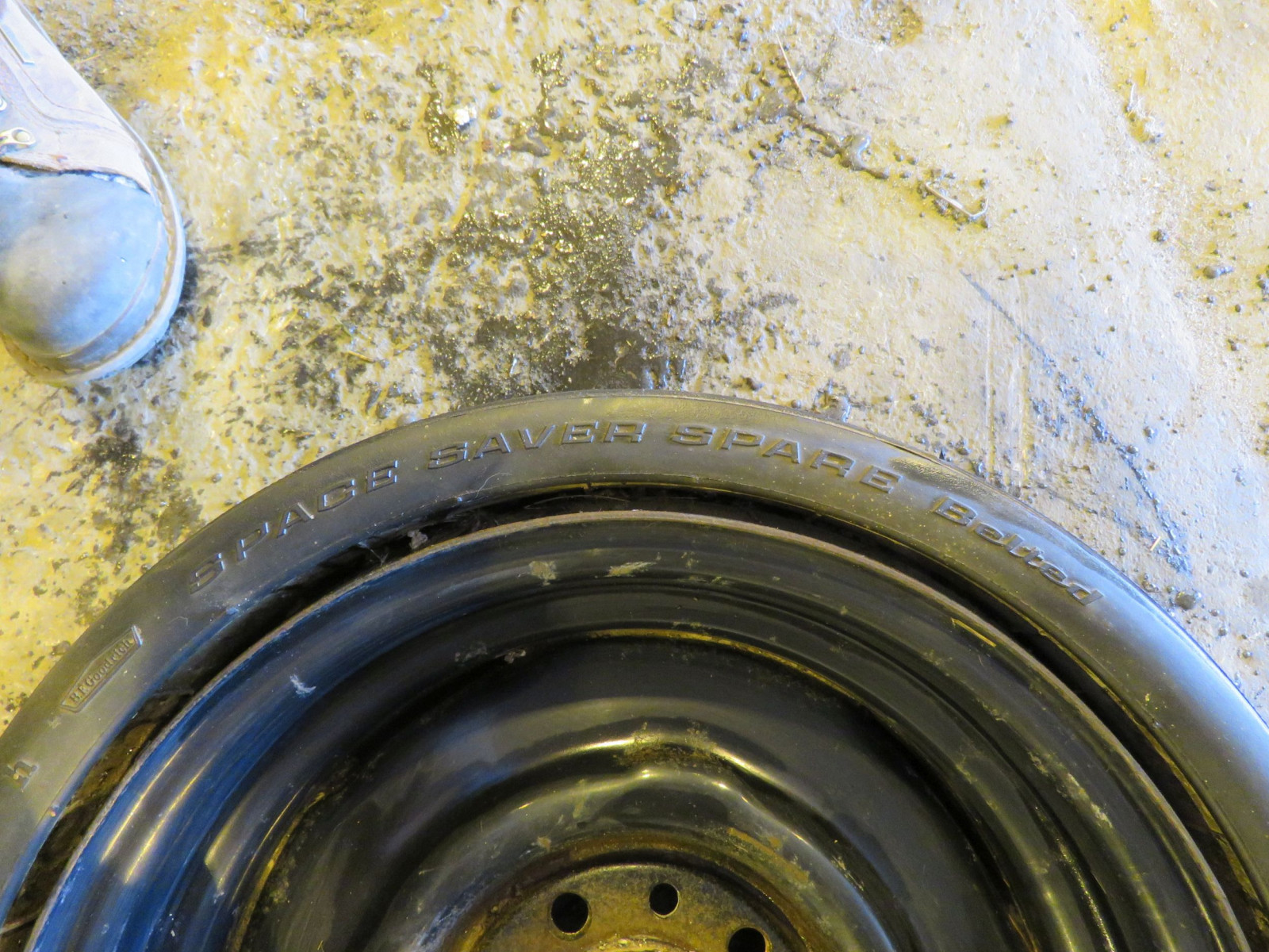 RARE BF Goodrich Collapsible Spare Tire for 426 HEMI CUDA, Challenger - Image 5