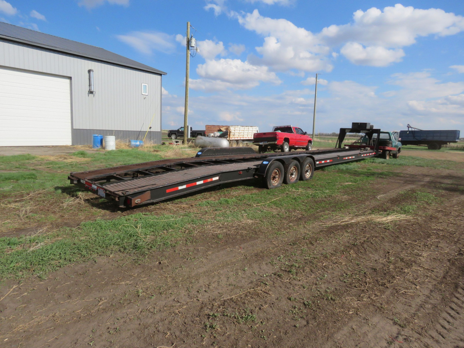 Dodge Club cab Pickup with Flatbed - Image 5