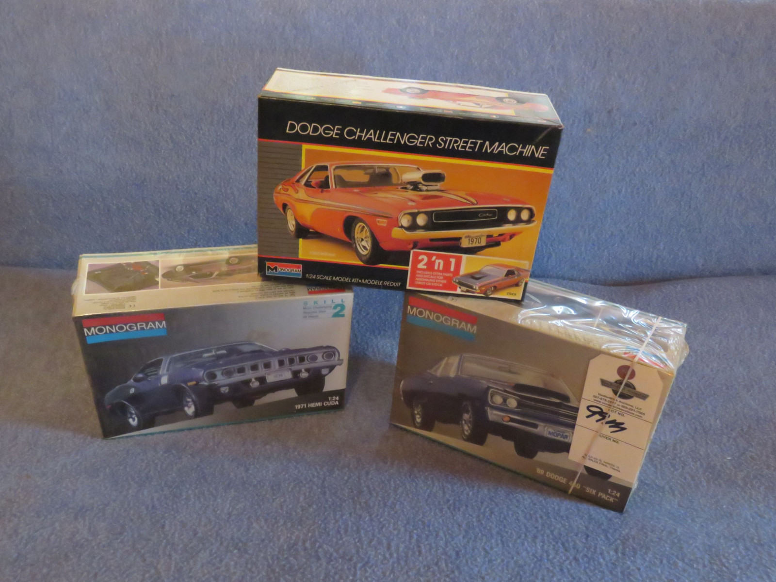 Radio Controled 1967 Plymouth CUDA NIB - Image 1