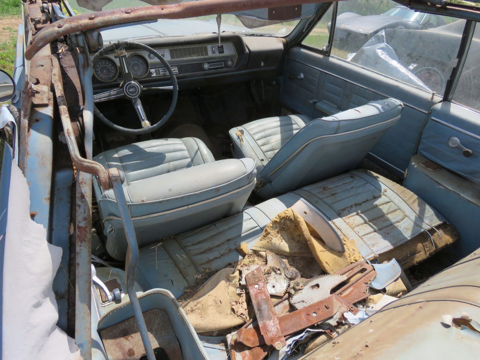 1967 Oldsmobile Cutlas Convertible Parts Car - Image 7