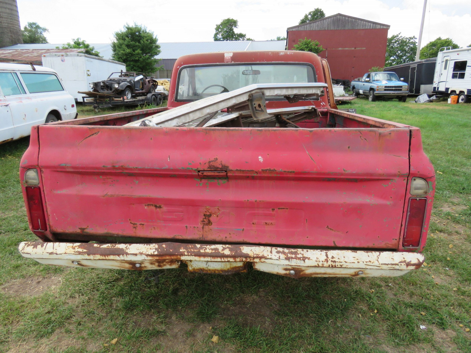 Chevrolet Pickup for Restore - Image 5