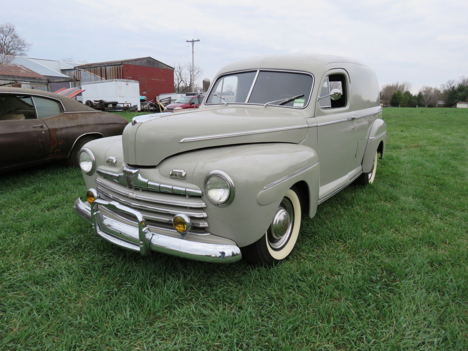 1946 Ford Sedan Delivery - Image 3